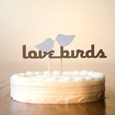 Top 6 Wedding Themes - Love Birds Wedding Cake Topper - mazelmoments.com