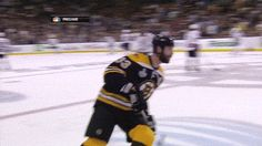 Zdeno Chara discovered that ice is slippery.   The 89 Funniest Sports GIFs Of 2013