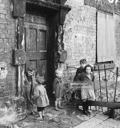 Ireland, Dublin, Circa Children in the slums of Cumberland Street, Dublin Get premium, high resolution news photos at Getty Images Antique Photos, Vintage Photographs, Vintage Photos, Vintage Artwork, Dublin Street, Dublin City, Oscar Wilde, Photos Du, Old Photos