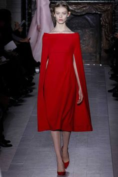 Spring 2013 Couture- Valentino  http://markdsikes.com/2013/01/31/garden-couture-spring-2013-couture-part-2/