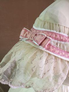 Rosa Satin, Pink Satin, Fashion D, Fashion History, Vintage Dresses, Vintage Outfits, Vintage Wardrobe, Civil War Dress, Historical Clothing