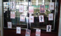 Fondo de mesa: imagenes de escudos y jugadores.
