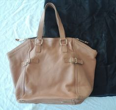 AUTHENTIC YVES SAINT LAURENT YSL BROWN LEATHER DOWNTOWN TOTE BAG  ~  #yvessaintlaurent #tote