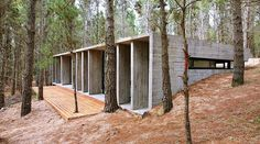 Argentina's BAK Architects created this rustic style concrete house plan deep in the forest or Mar Azul, Argentina. Atelier Architecture, Concrete Architecture, Residential Architecture, Interior Architecture, Amazing Architecture, Earth Sheltered Homes, Design Exterior, Poured Concrete, Cement