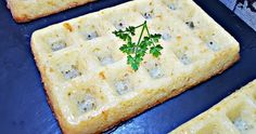 Avec le i-Cook'in, finies les pannes d'inspiration. Une recette irrésistible, originale, pour tous les jours et pour tous les goûts ! Croque Mr, Mini Quiche Sans Pate, Feta, Bread, Cheese, Inspiration, Cooking Recipes, Drinks, Brot