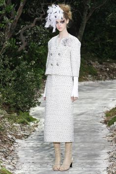 chanel 2013 collection | Chanel Spring 2013 Haute Couture Collection -011 | RDuJour