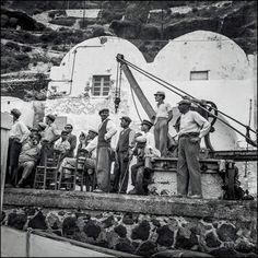 Σαντορίνη Θηρά λιμενεργάτες κλπ 1954-64 φωτ Robert McCabe