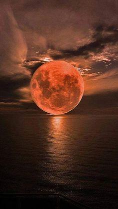 Ideas Photography Landscape Night Full Moon For 2019 Beautiful Moon, Beautiful World, Beautiful Places, Beautiful Pictures, Beautiful Scenery, Beautiful Artwork, Shoot The Moon, Moon Photography, Moon Art