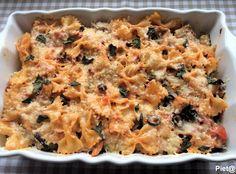 Pieta's hapjes: Farfalle-ovenschotel met kipfilet en tomatensaus