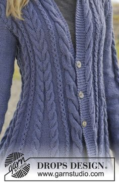 """Knitted DROPS jacket with cables and shawl collar in """"Karisma"""". Size: S - XXXL. ~ DROPS Design"""