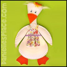 Mother Goose Paper Plate Craft from www.daniellesplace.com
