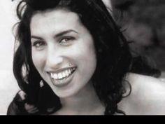 All my lovin' una versión cantada por Amy Winehouse en su época Frank. Disfruten the las fotos. All my lovin' is a cover singing by Amy Winehouse when she re...
