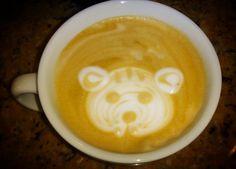 A R O M A  D I  C A F F É  . Aviva tu creatividad con un magnífico #Cappuccino y disfruta momentos especiales. . #Cappuccino  . Latte Art by: @colmenaresroimer . #AromaDiCaffé#MomentosAroma#SaboresAroma#Café#Caracas#Tostado#Coffee#CoffeeTime#CoffeeBreak#CoffeeMoments#CoffeeAdicts#ColdBrew