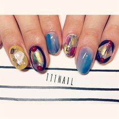 #nail#art#nailart#ネイル#ネイルアート#nuance#ennui#フェルメールブルー#絵画ネイル#水彩ネイル#colorful#ショートネイル#nailsalon#ネイルサロン#表参道 by 111nail_omotesando