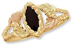 Landstroms Black Hills Gold Ladies Onyx Ring with Leaves - 02842