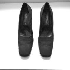 Via Spiga Shoes - Black pumps with flared heels