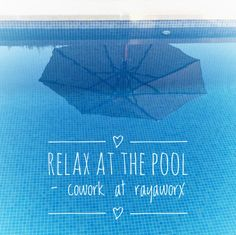 relax at tbe pool - be productive at Rayaworx coworking in Santanyí/ Mallorca #coworking #relaxandwork #santanyi
