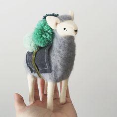 happy friday, it's a minty midnight pom pom alpaca! SOLD