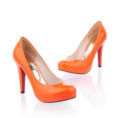 $25.99 Faux Patent Leather Pure Color Platform Heels @ MayKool.com