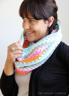 Crocheted Cowl Scarf by idalifestyle on Etsy, €28.00