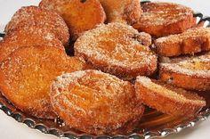 Esta receita de Rabanadas no forno, fica muito mais sequinha e saudável do que a frita. Experimenta e de certeza que vais adorar, como eu adorei! Ingredientes 1 lata de leite condensado; 1 colher (chá) de essência de baunilha (opcional) 2 pães para rabanada; 3 ou 4 ovos grandes (bem batidos); Açúcar e canela em …