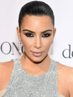 The red carpet beauty looks we're obsessing over, from breezy to bold
