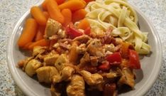 Kip Stroganoff Chicken Stroganoff, Pasta, Pureed Food Recipes, Goulash, Superfoods, No Cook Meals, Slow Cooker, Food And Drink, Menu