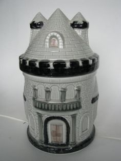 Castle Cookie Jar on Collectors Quest
