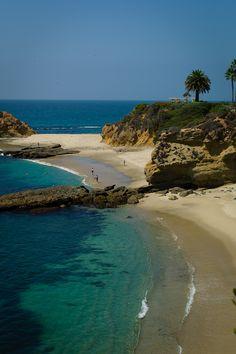 ✮Laguna Beach, CA. Find a rental home in VRBO and visit. The beaches are beautiful.
