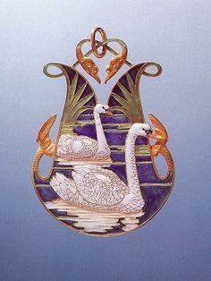 Rene Lalique Art Nouveau jewellery - Kaleidoscope effect Bird Jewelry, Jewelry Art, Jewelery, Vintage Jewelry, Jewelry Design, Swan Jewelry, Lalique Jewelry, Enamel Jewelry, Bijoux Art Nouveau