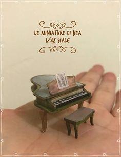 1/48 victoriano piano y Banco de gand hecha en madera por
