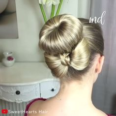 Here is how you can create a bun with a bow hairstyle! By: Hair Here is how you can create a bun with a bow hairstyle! By: Hair Little Girl Hairstyles, Braided Hairstyles, Easy Hairstyle, Style Hairstyle, Hairstyles 2018, Medium Hairstyles, Wedding Hairstyles, Curly Hair Styles, Natural Hair Styles