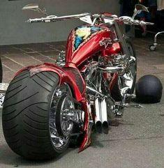 19 ideas for bike helmet storage harley davidson Motorcycle Wheels, Motorcycle Design, Motorcycle Style, Bike Design, Motorcycle Quotes, Bobber Style, Motorcycle Shop, Custom Choppers, Custom Harleys