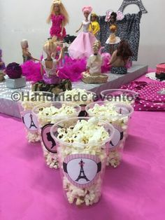 No falta detalle en la Barbie fashion party... hasta las palomitas son de diseño!