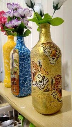 Vasos pintados em Garrafas de vidro para decoração