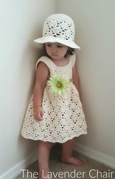 Crochet Baby Girl Vintage Toddler Hat (and dress) - Free Crochet Pattern - The Lavender Chair - Make this gorgeous Vintage Sun Hat for the perfect little one in your life with this FREE crochet pattern! Even a matching dress pattern for the perfect set Crochet Baby Clothes, Baby Girl Crochet, Crochet For Kids, Knit Crochet, Crochet Hats, Crochet Toddler Dress, Booties Crochet, Crochet Children, Crochet Summer