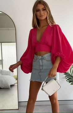 SNDYS Pixie Top Fuchsia - Source by rhuancasoncco - Sexy Outfits, Girl Outfits, Casual Outfits, Summer Outfits, Cute Outfits, Fashion Outfits, Womens Fashion, Elegant Dresses, Sexy Dresses