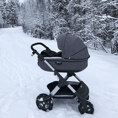 Baby, it's cold outside, but baby doesn't have to be in our all-terrain Stokke Trailz stroller. Go effortlessly from adventure to adventure with baby no matter the season or temperature. credit: @rebecca.ch