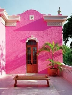 Pink houses, colorful architecture, Hot Pink exterior of the hotel Rosas & Xocolate, Merida Home Design, Interior Design, Hotel Rosa, Murs Roses, I Believe In Pink, Boho Home, Pink Houses, Interior Exterior, Belle Photo