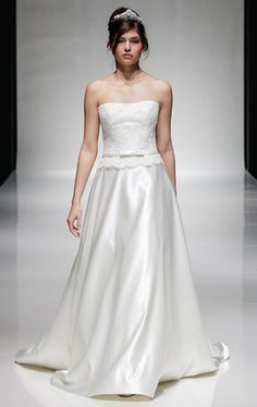 A beautifully refined strapless design by Alan Hannah