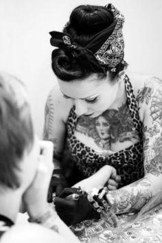 Rockabilly tattoo artist.