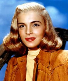 Lizabeth Scott Turner Classic Movies, Classic Movie Stars, Lizabeth Scott, Hattie Mcdaniel, Most Beautiful Faces, Beautiful Ladies, Old Hollywood Glamour, Old Movies, Vintage Hairstyles
