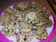 Biscotti con fiocchi d'avena e granella di nocciole Oatmeal Diet, Biscotti Cookies, Cereal, Breakfast, Food, Morning Coffee, Essen, Meals, Yemek