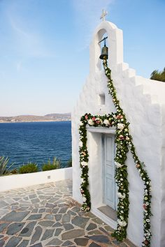 WEDDING IN GREECE http://www.jetfeteblog.com/destination-weddings/traditional-destination-wedding