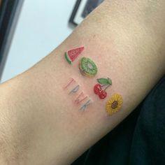 Harry Tattoos, Harry Styles Tattoos, Bff Tattoos, Mini Tattoos, Future Tattoos, Body Art Tattoos, Circle Tattoos, Tattoo Ink, Arm Tattoo