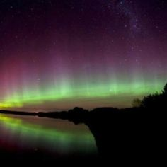 Aurora Australis seen over Invercargill, New Zealand. Stunning!