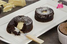 Tortini di cioccolato con cuore fondente bianco