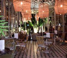 Te recomendamos el restaurante Perrachica, en Madrid, de la mano del grupo Larrumba (los de Pipa&Co, Frida, Marieta o Juanita Cruz), uno de los sitios más de moda en Madrid