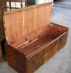 How to Refresh the Smell of an Old Cedar Chest