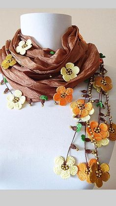 Embroidery Scarf, Embroidery Hoop Art, Beaded Embroidery, Embroidery Stitches, Crochet Lace Edging, Crochet Flowers, Crochet Stitches, Knitted Shawls, Crochet Hats
